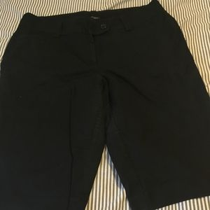 Ann Taylor Knee length Black shorts